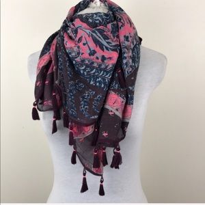 American Eagle Outfitters Square Fringe Scarf Wrap